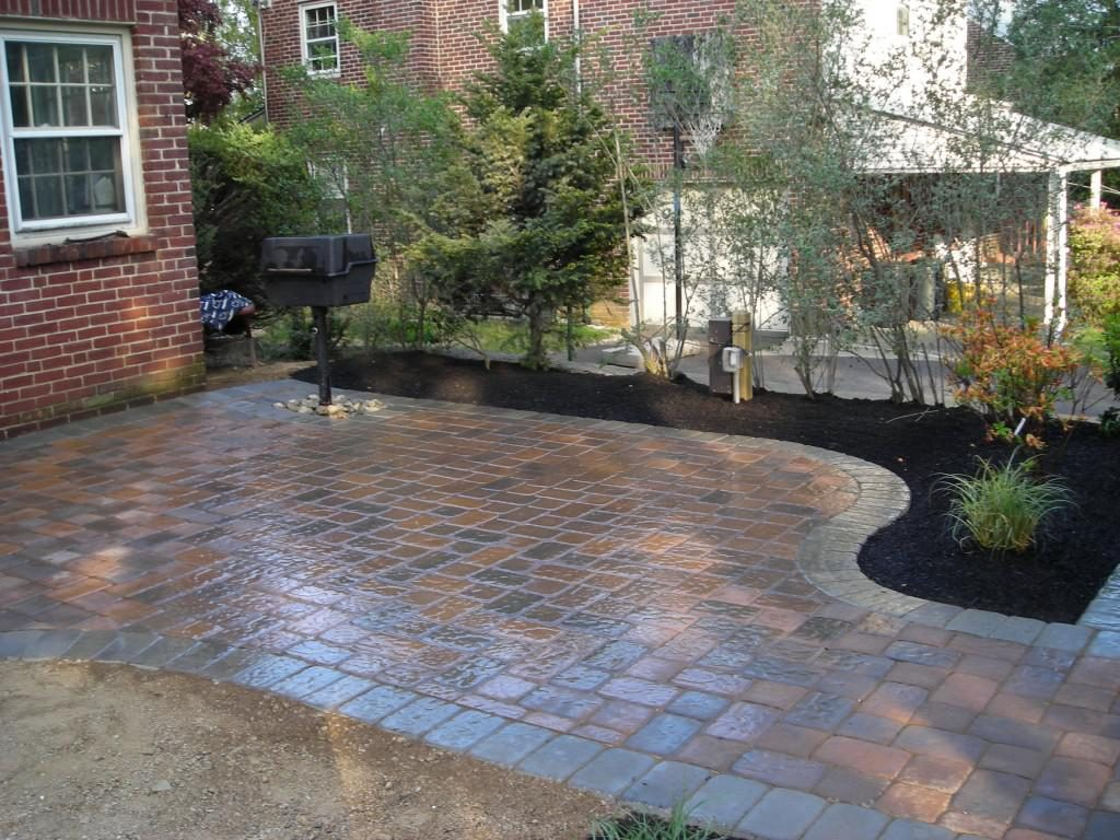 Backyard Patio Designs With Pavers Small Backyard Patio Designs