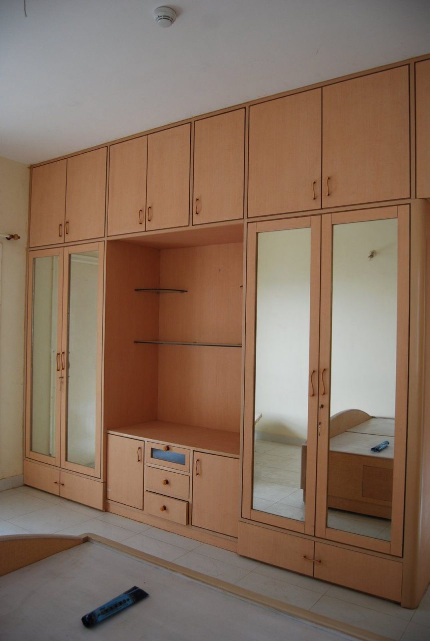 Bedroom Wardrobe Design Playwood Wadrobe With Cabinets Also Clothes