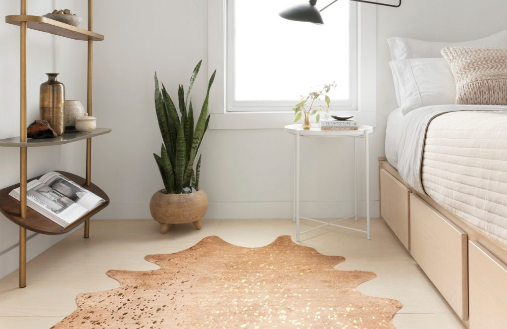 Cowhide Rugs For Every Place In Your Home Rugs Youll Love Lonny