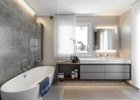 Elegant Interior Bathroom Design