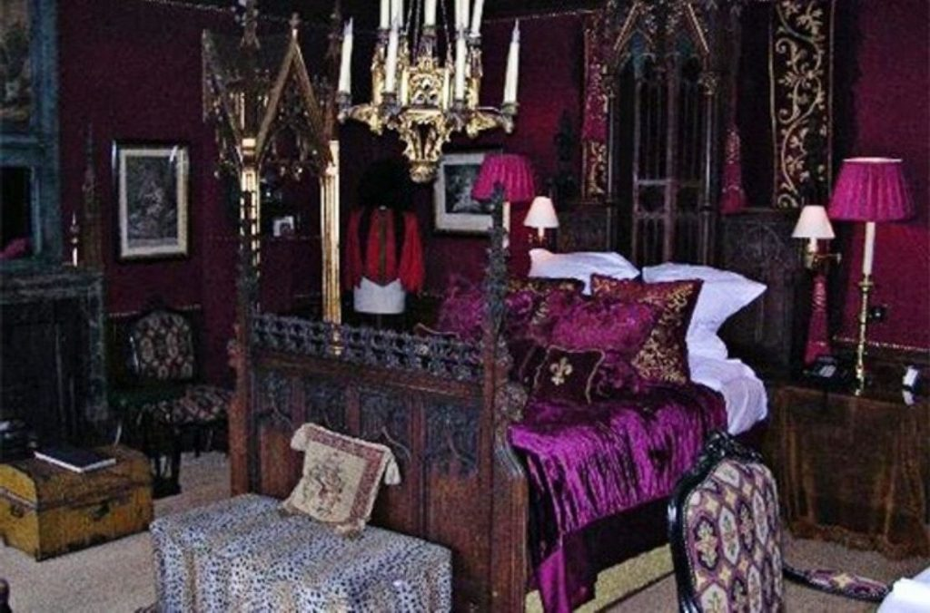 Gothic Victorian Bedroom Furniture Romantic Bedroom Ideas