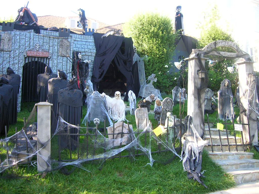 Halloween Decorations Outdoor Halloween Decorations Ideas 5 Most