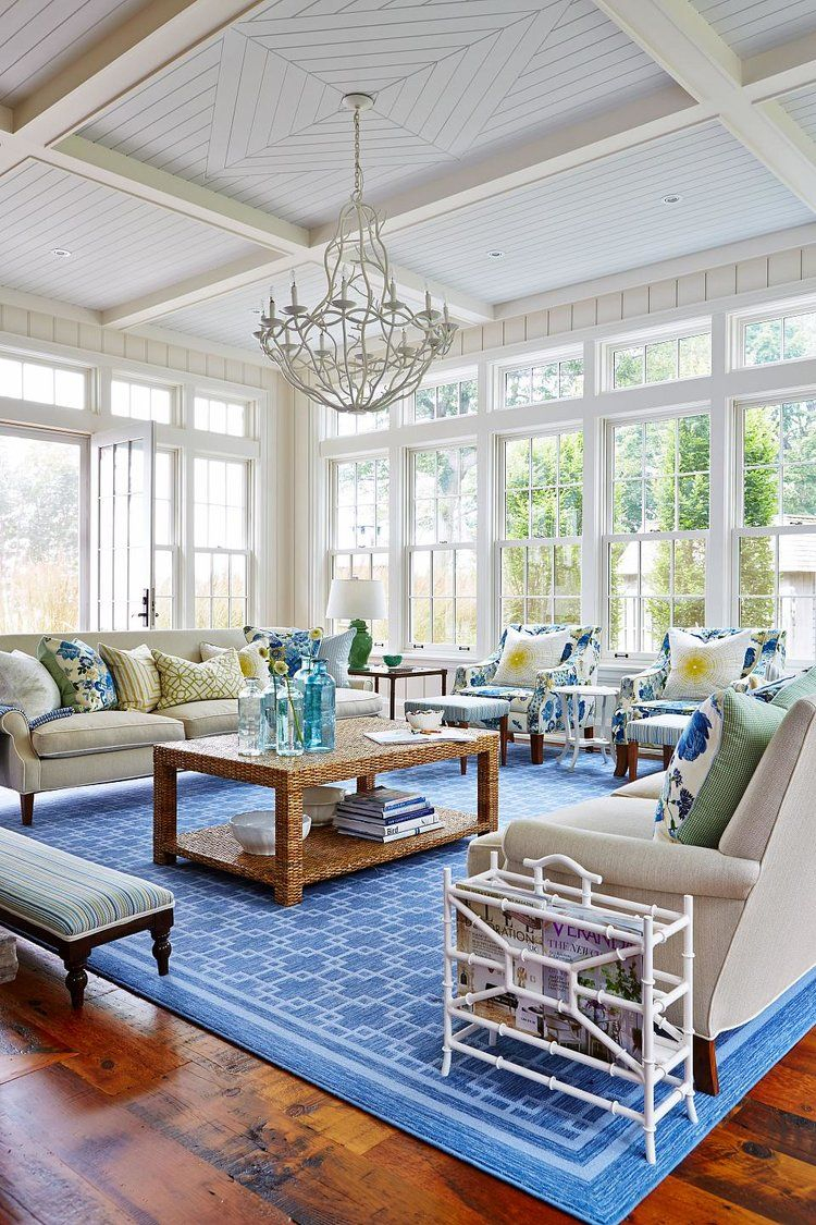 House Tour A Colorful Lakeside Beach House Waterfront Living