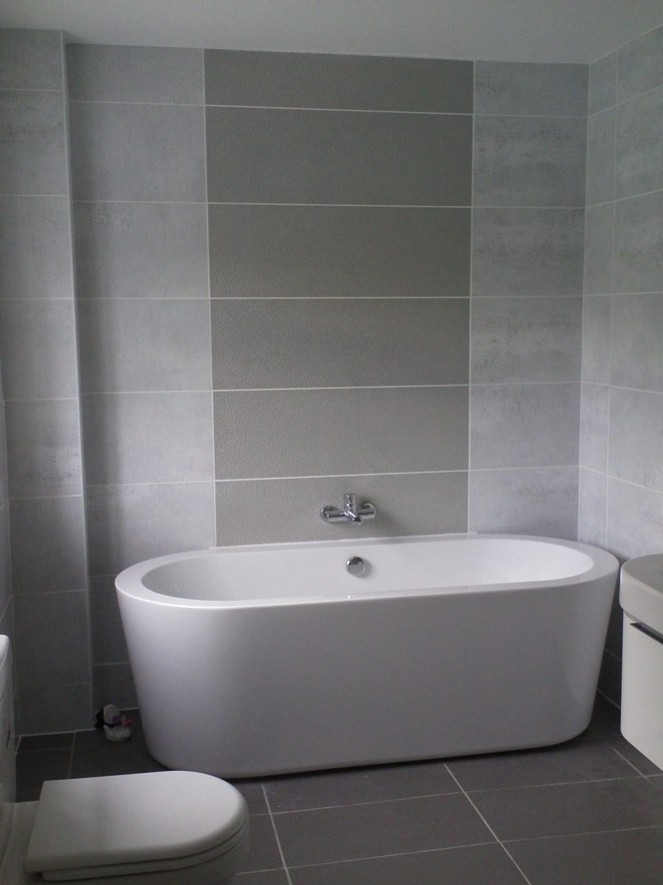 Inspiring Small Bathroom Color Ideas With Grey Wall Tiled As Well As