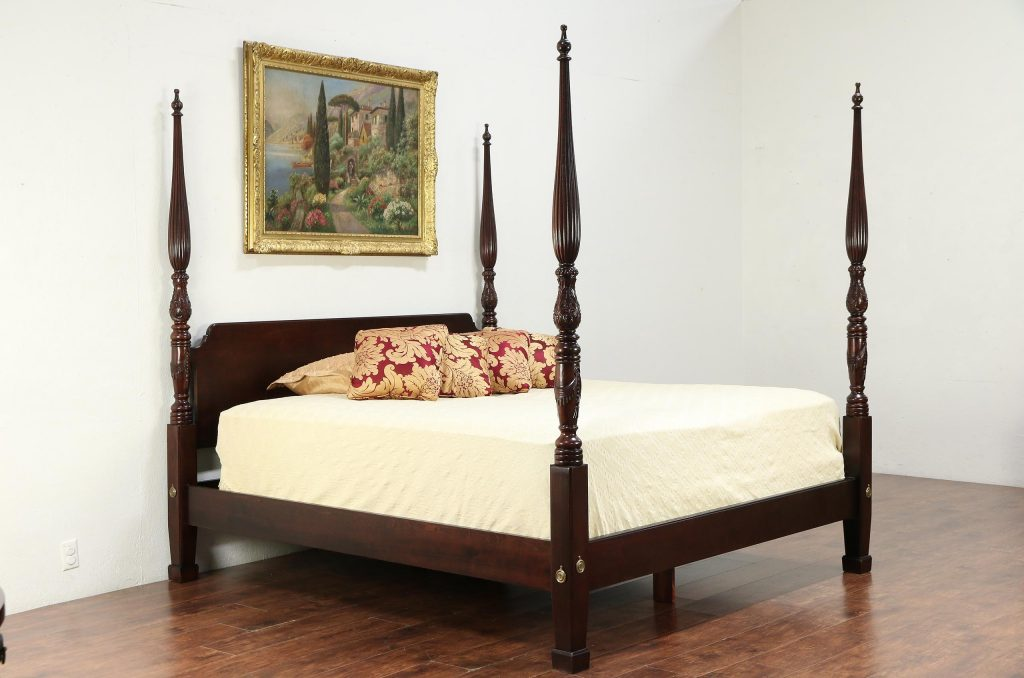 King Size Vintage Carved Mahogany Poster Bed Signed Henredon 30020