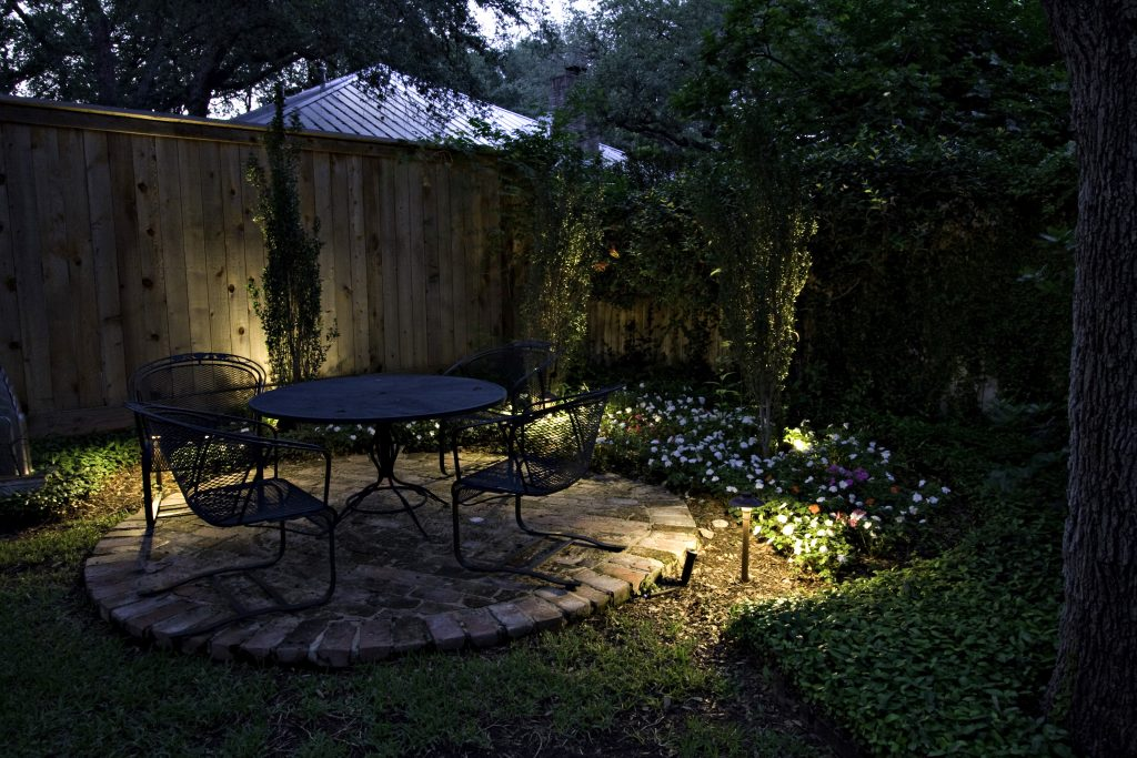 Less Is More In Seattle Landscape Lighting Design Outdoor Lighting