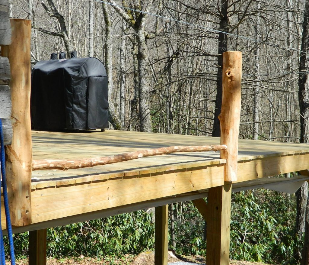 Lises Log Cabin Life Building A Rustic Deck Railing Part 2