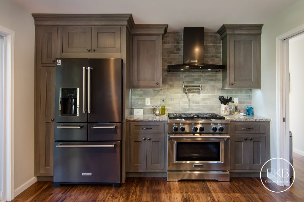 Shiloh Select Poplar Cabinets In Heatherstone And Countertops In