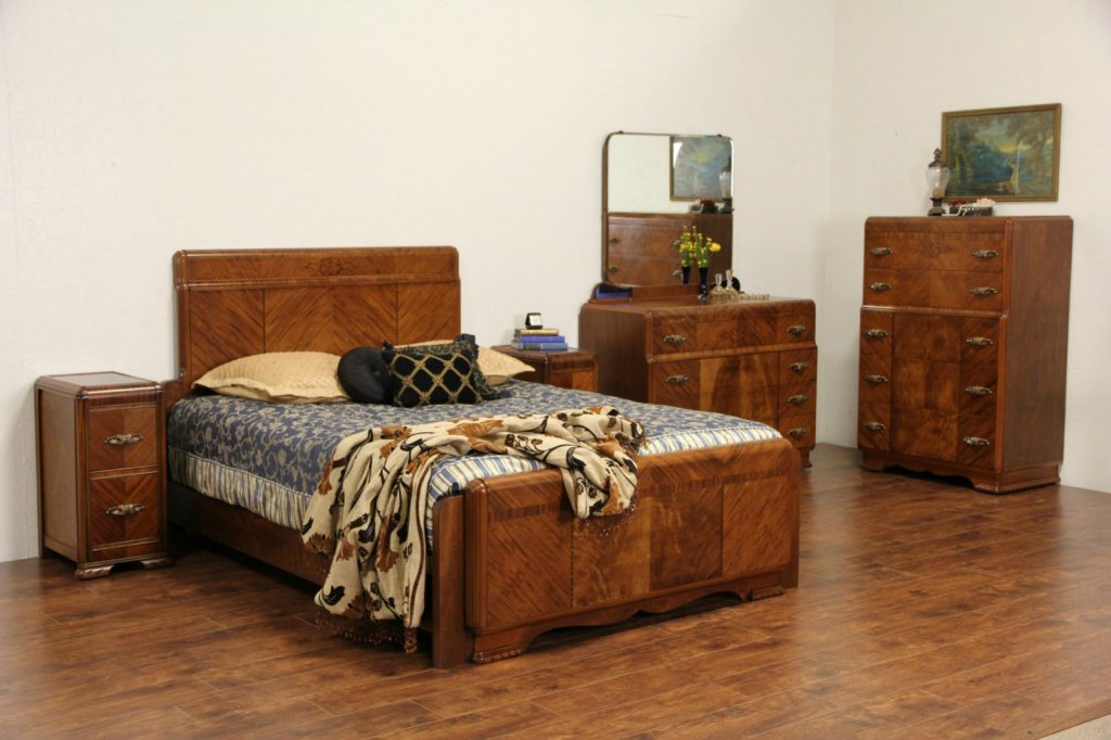Sold Art Deco 1930s Queen Size Waterfall 5 Pc Bedroom Set