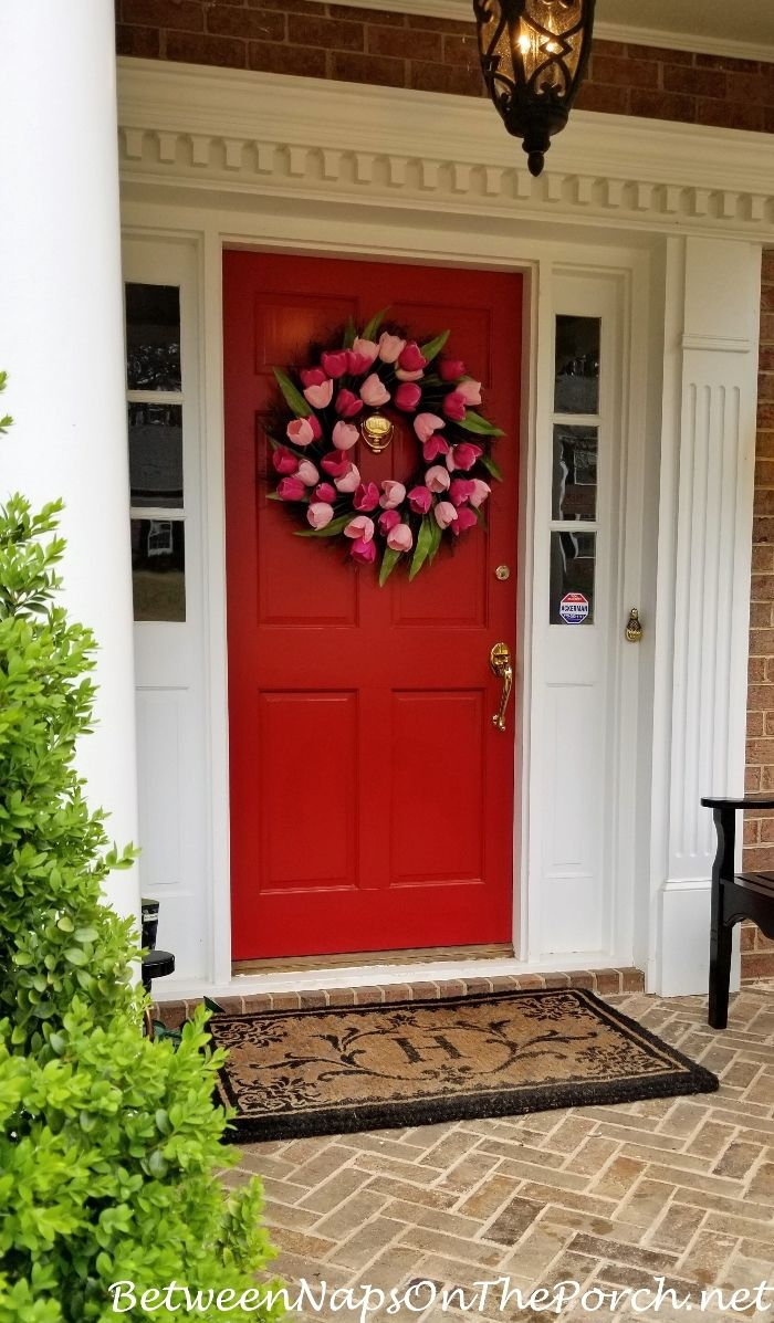 The Hunt For A Pretty Spring Wreath Outdoor Decor Spring 2018