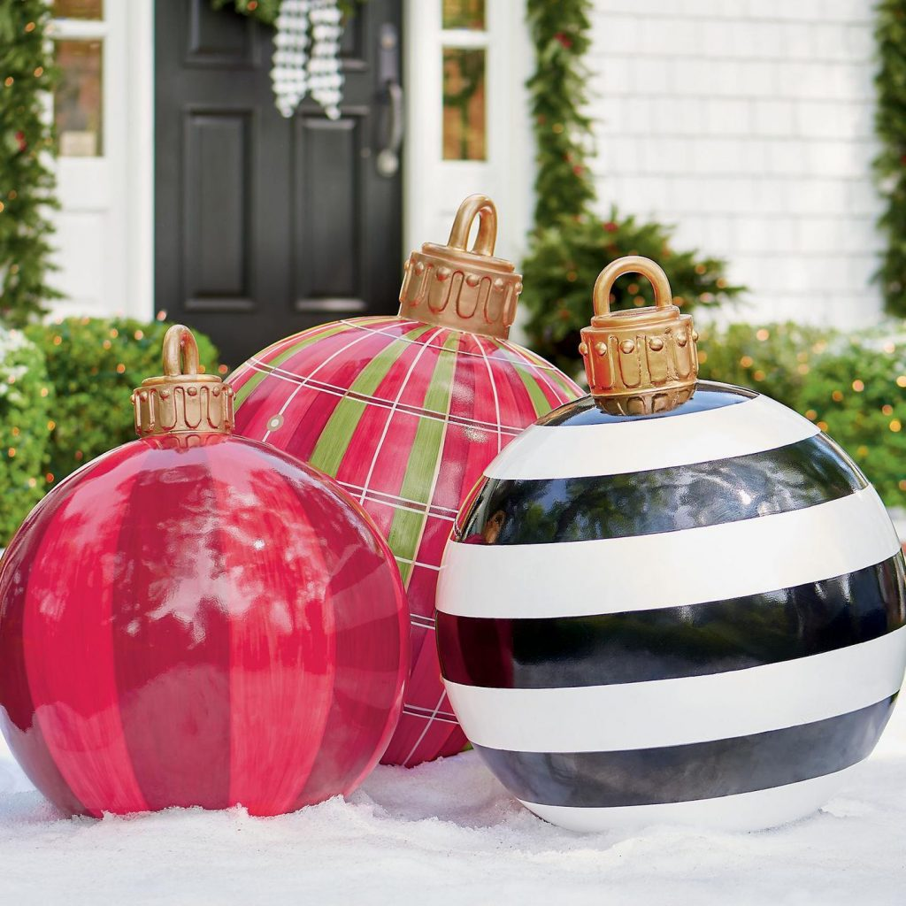 These Oversized Christmas Ornaments Are So Much Better Than Your