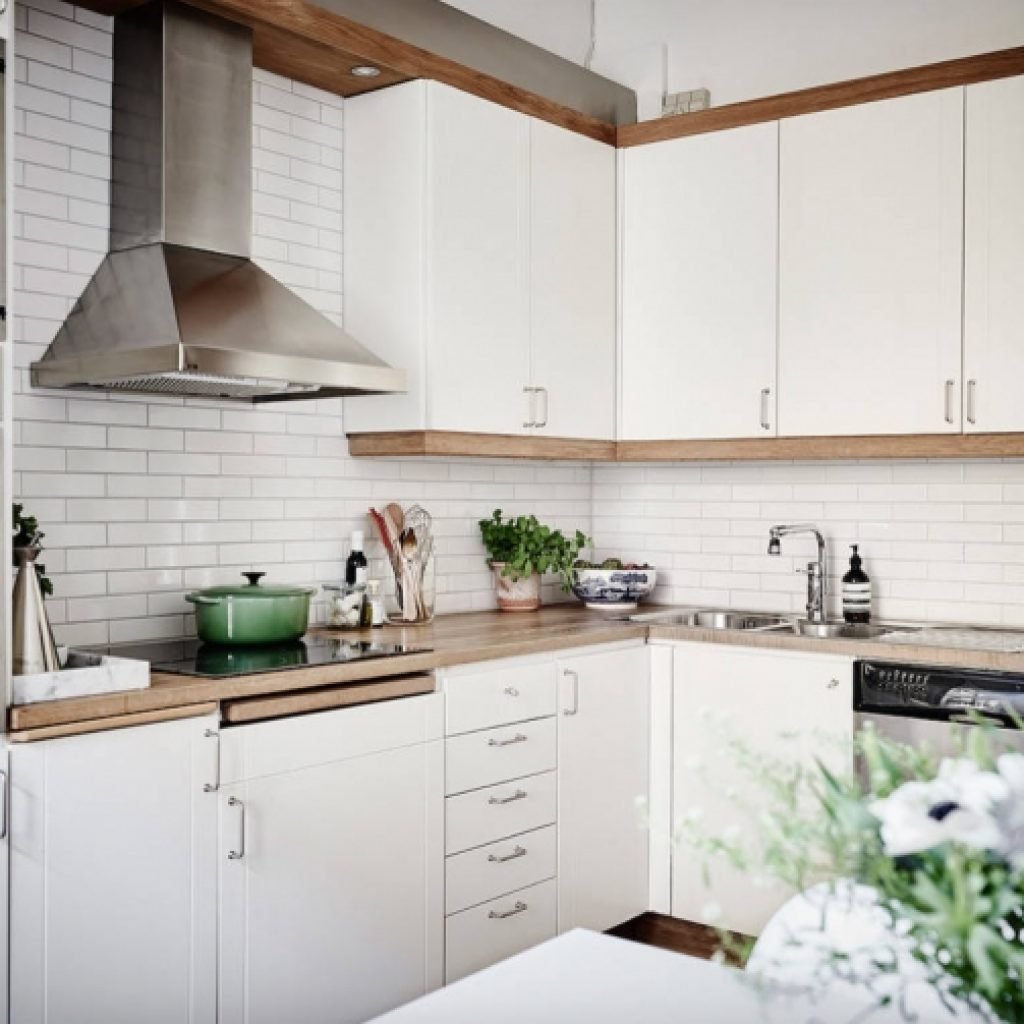 White Subway Tiles 15 Ideas For The Kitchen Backsplash Subway Tile