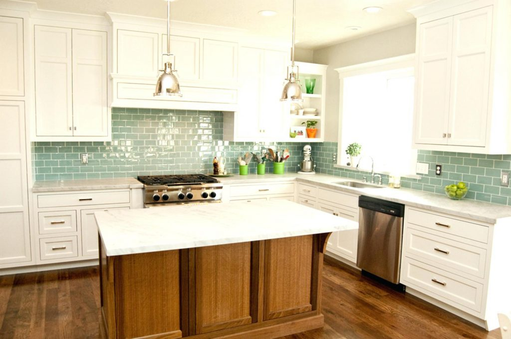 White Tile Kitchen Limetennis