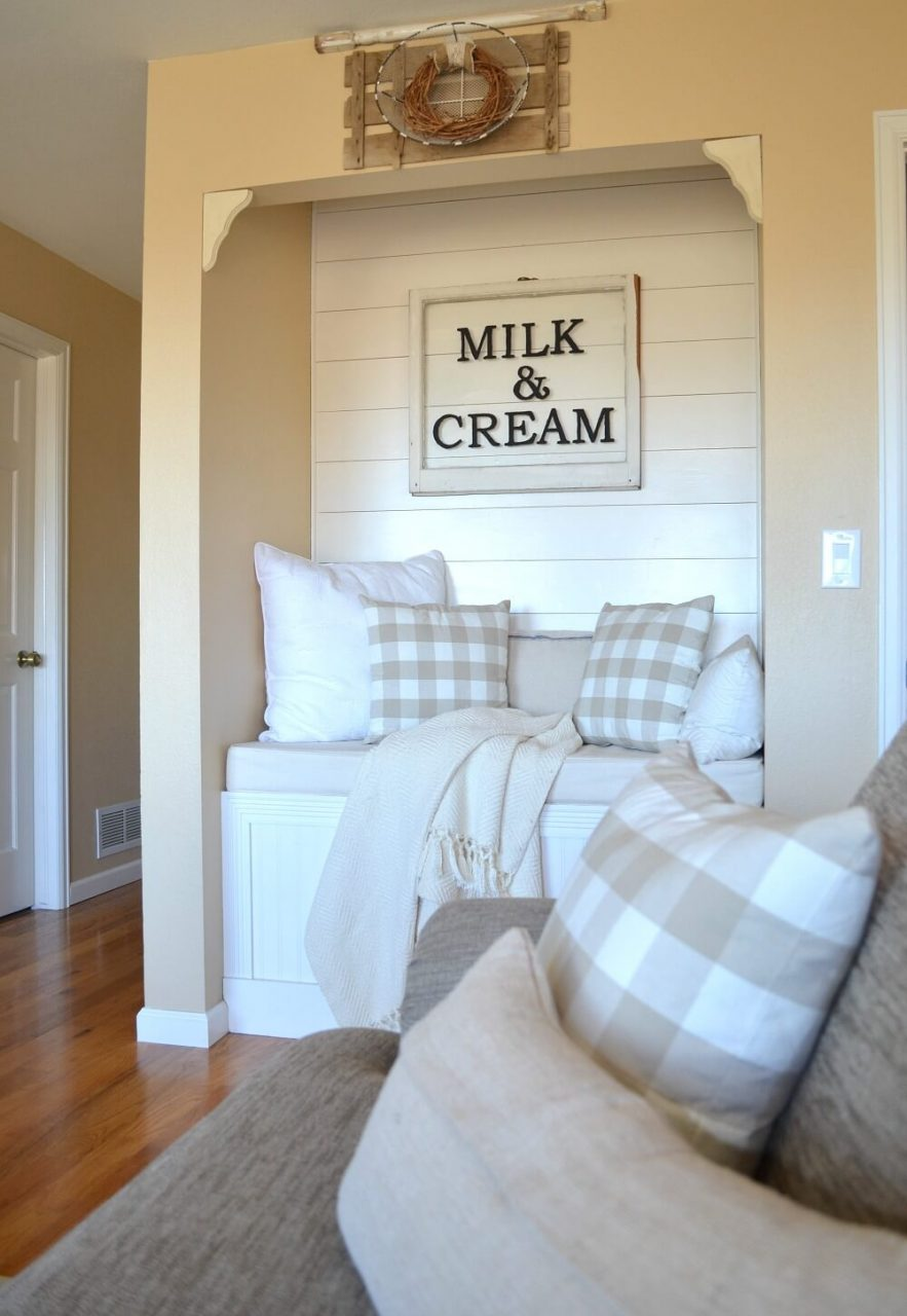 Window Sign For A Seating Nook Homebnc