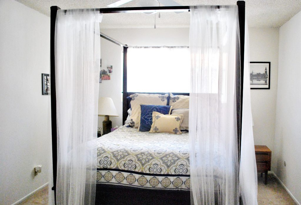 Wonderful Canopy Bed White Curtain Jewtopia Project Canopy Bed