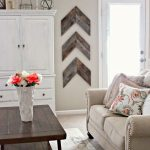 Cottage Style Living Room Accent Wall