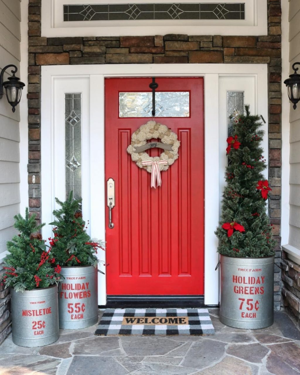 40 Appealing Front Door Christmas Decorations Everyone Should Have