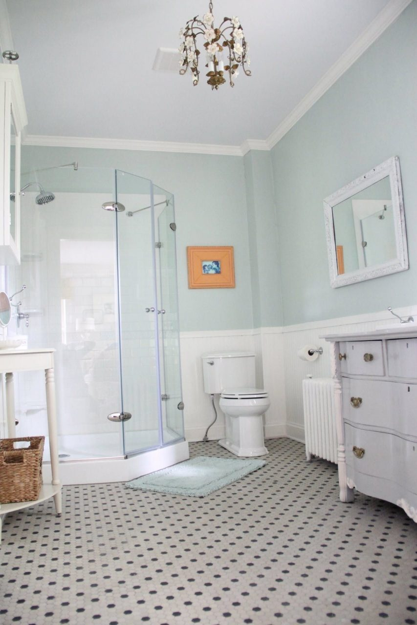 A Perfectly Pastel Country House Upstairs Bathroom Palladian