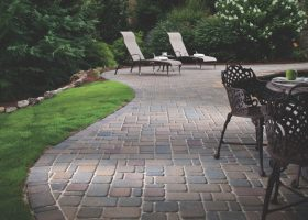 Cobblestone Paver Patio