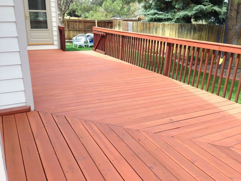 Cabot Deck Stain In Semi Solid Redwood Best Deck Stains Deck