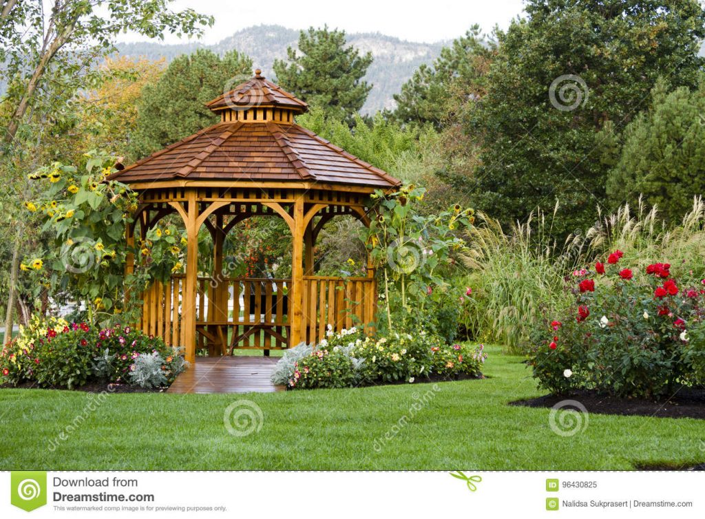 Cedar Gazebo Backyard Garden Park Stock Image Image Of Entrance