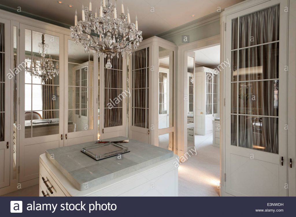 Cut Glass Chandelier In Dressing Room With Glass And Mirror Panelled