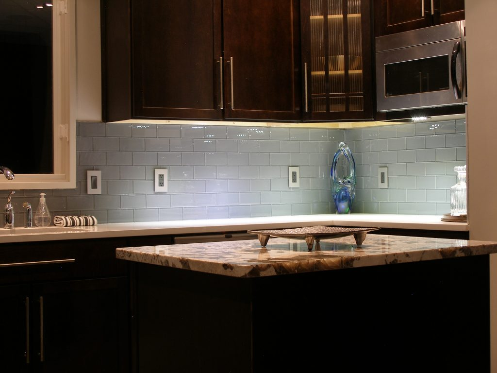 Dark Kitchen Cabinets With Subway Tile Backsplash