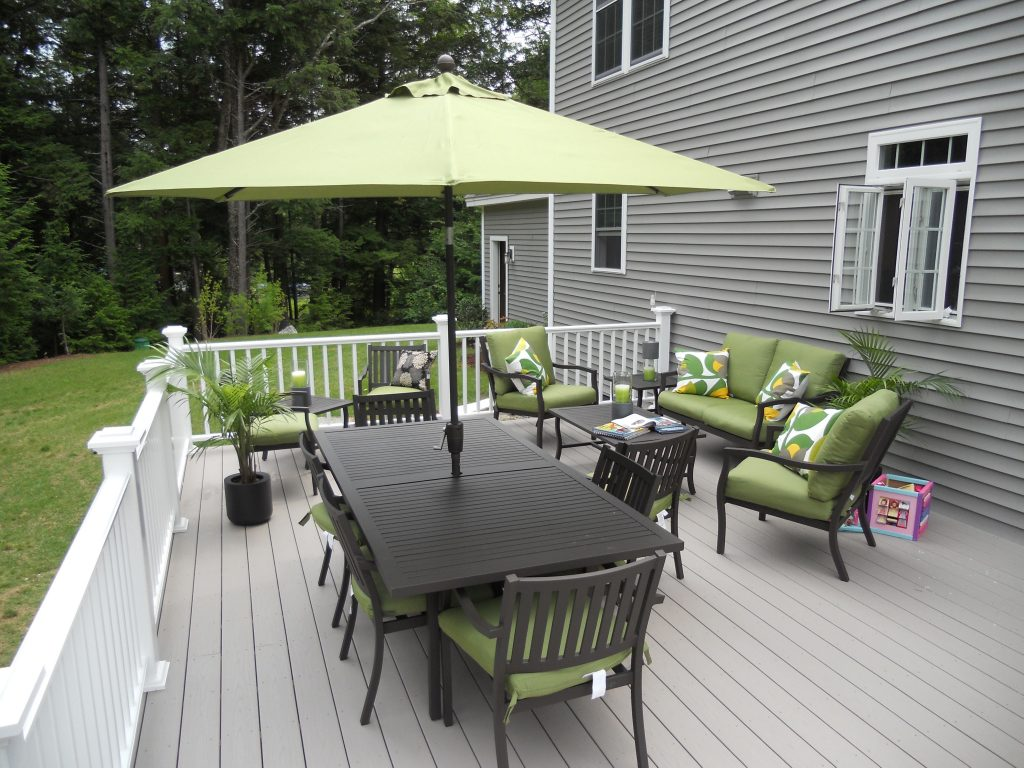 Deck Decorating Ideas Composite Decking For Christmas On A Budget