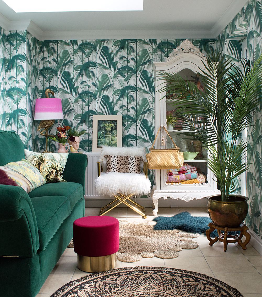 Decorating With Tropical Island Decor Tropical Themed Bedroom