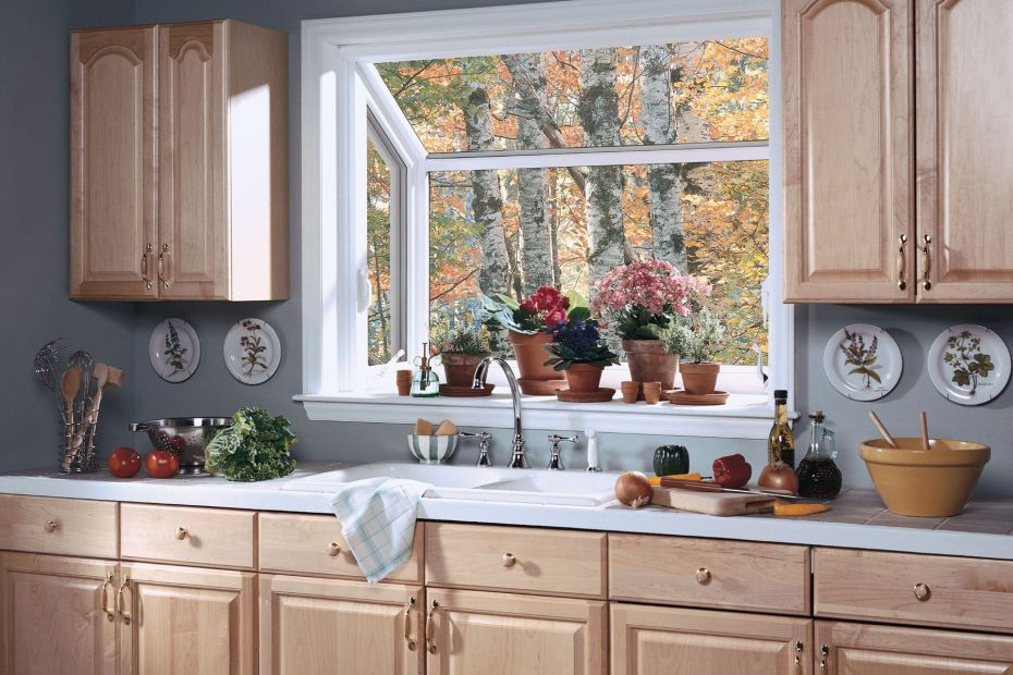 Divine White Oak Kitchen Cabinet Set With White Painted Framed