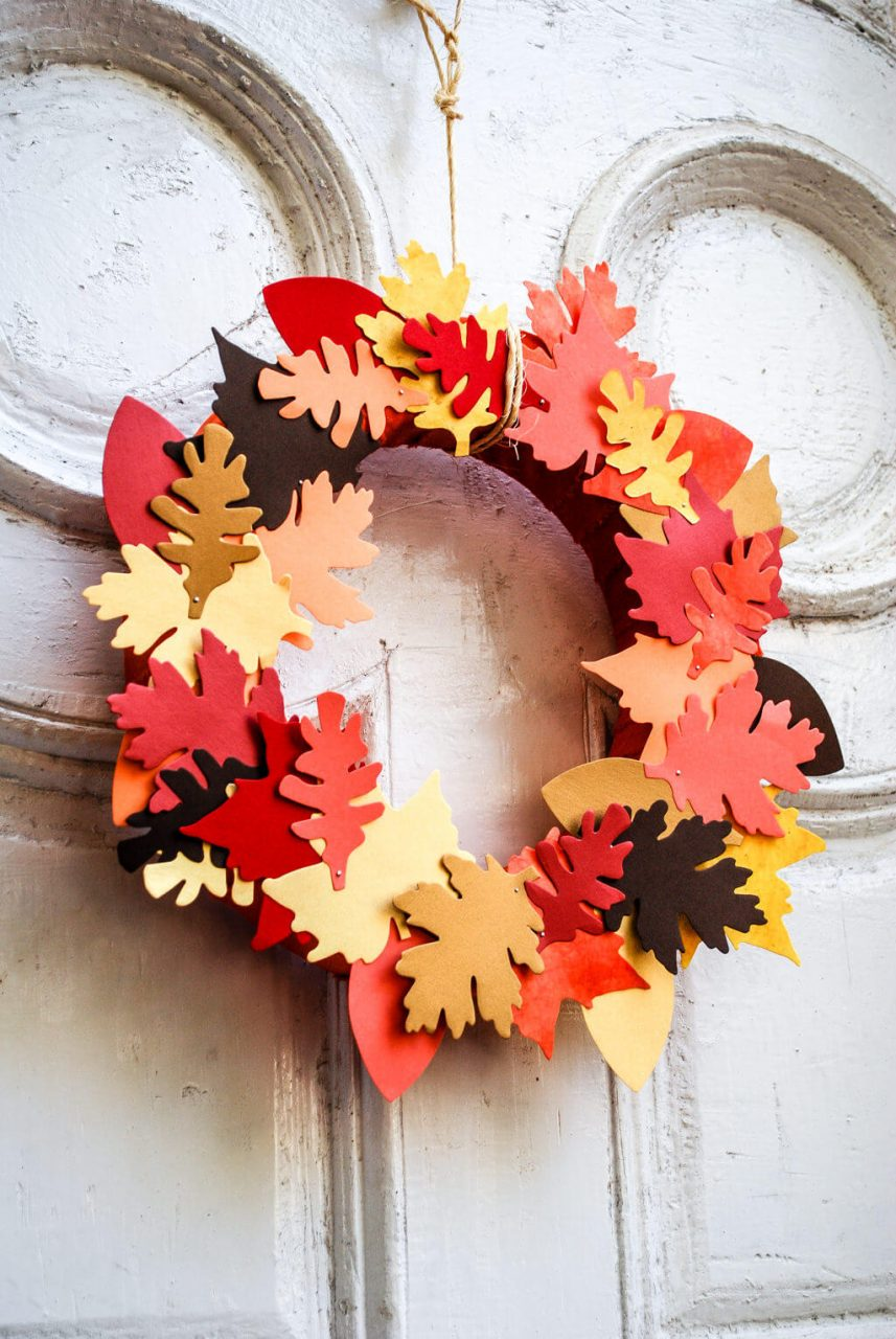 Diy Fall Wreaths Easy Diy Leaf Wreath Merriment Design