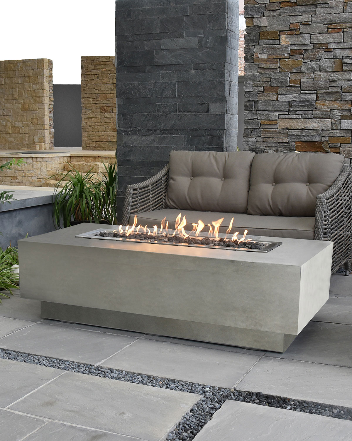 Elementi Granville Outdoor Fire Pit Table With Propane Gas Assembly