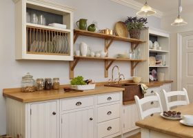 English Cottage Kitchen Design