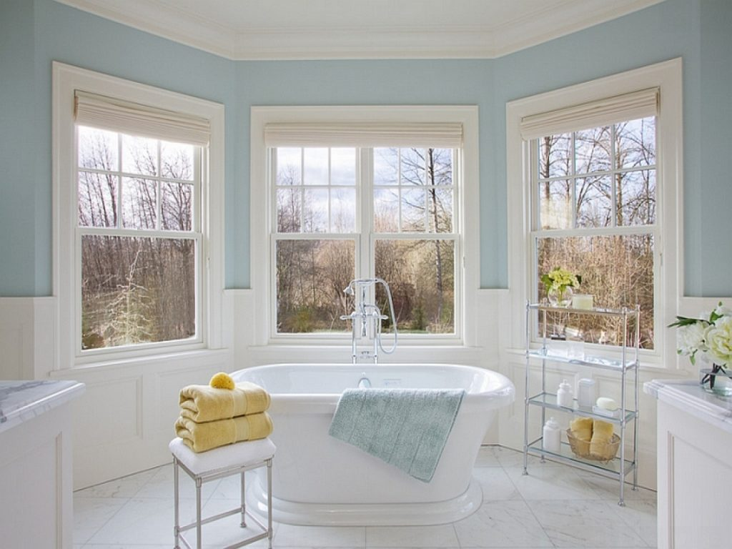 Freestanding Corner Tub Benjamin Moore Woodlawn Blue Bathroom