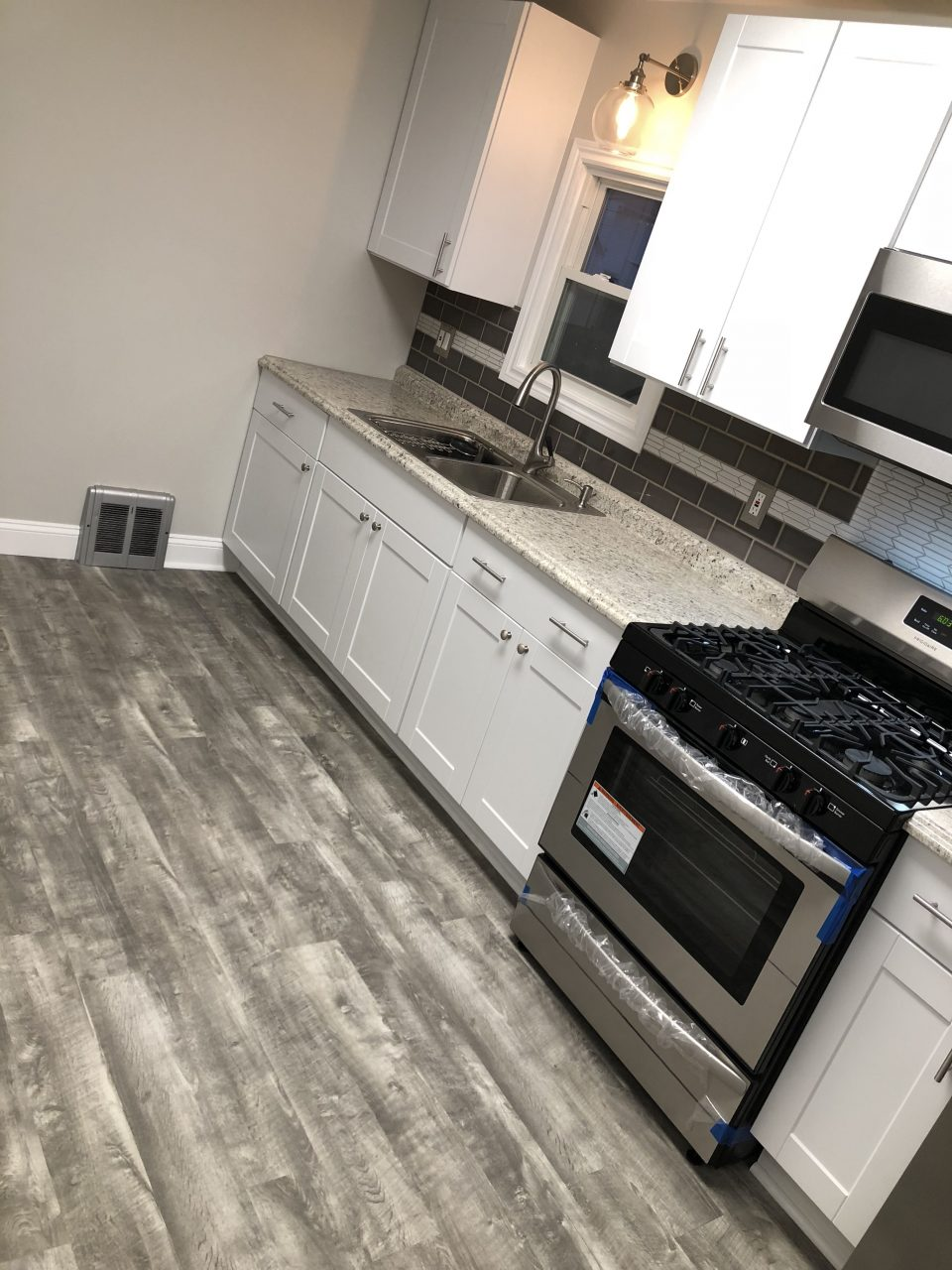 Home Decorators Stony Oak Grey Vinyl Plank Flooring White Shaker