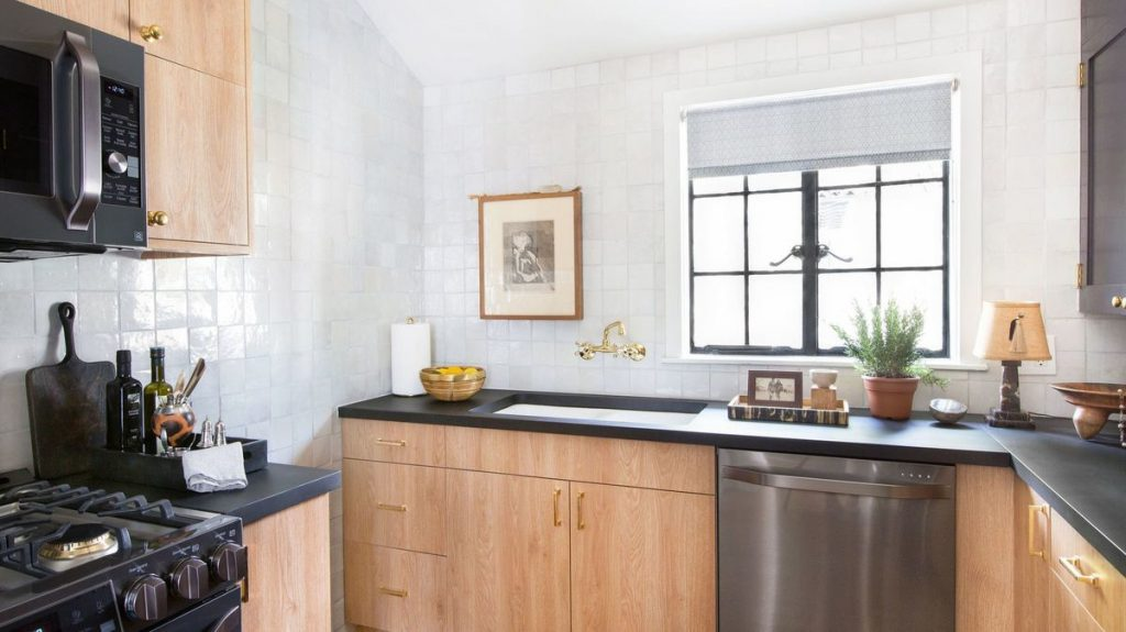 How Designer Nate Berkus Blended Old And New In His La Kitchen