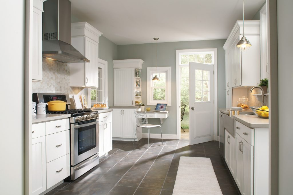 Konu In White Cabinets And Gray Walls Gray Kitchen Walls White