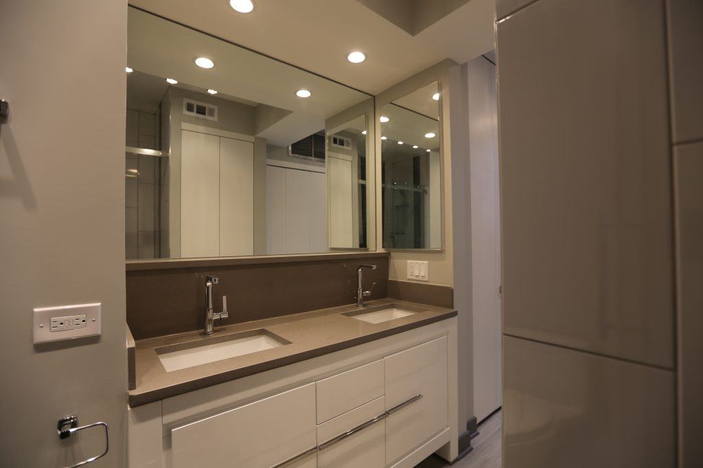 Lakeview Condo Bathroom Chicagos Local Remodeling Experts