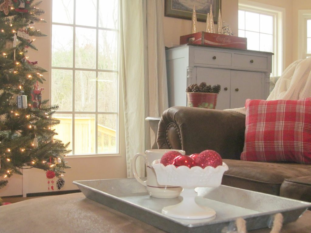 Ll Farm Using Milk Glass With Christmas Decor