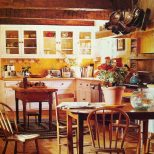 Love The Beams Yellow And English Country Style Amanda Payscorbin