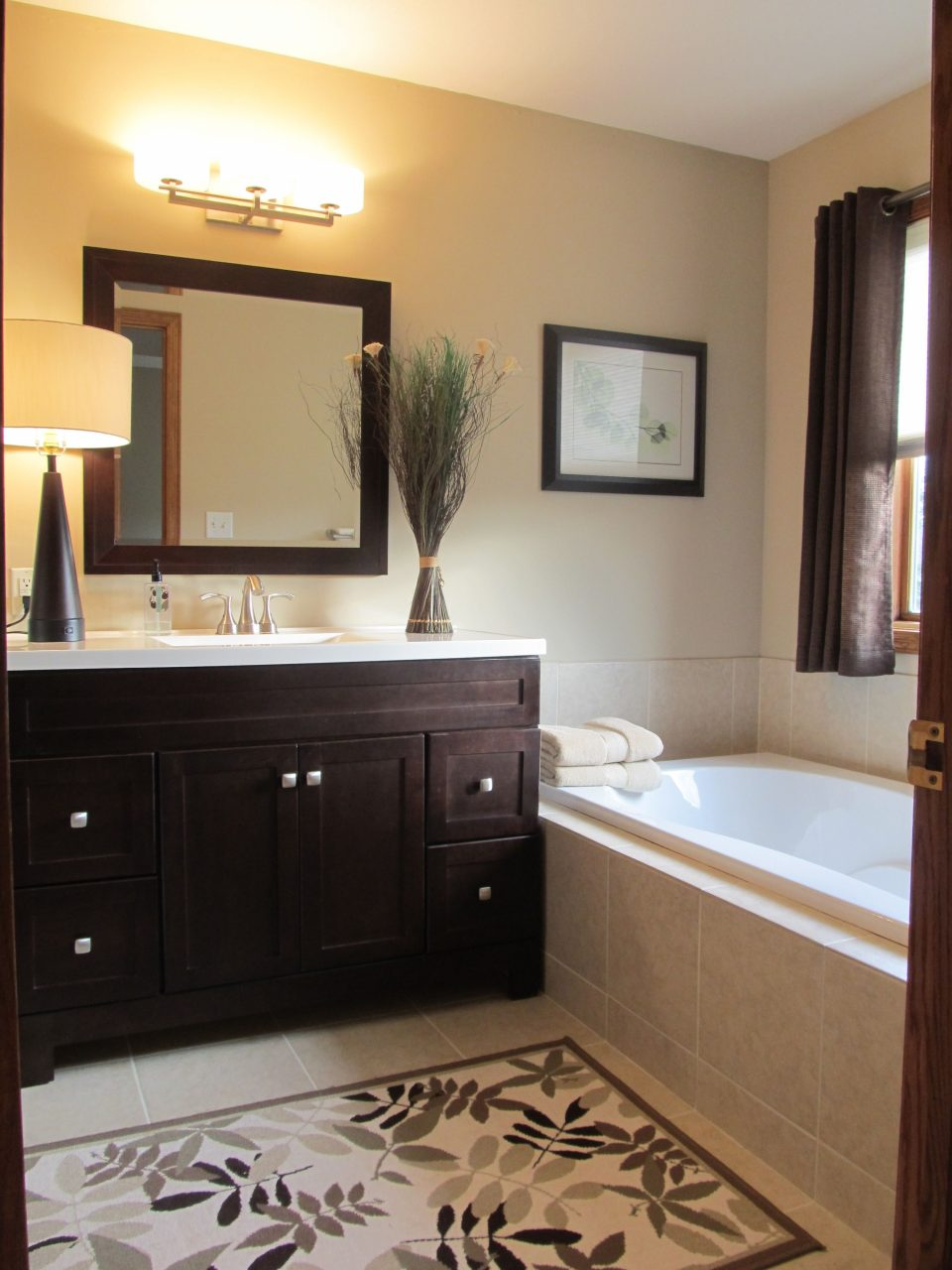 Master Bath Light Wall Color Dark Cabinets Bathroom Brown