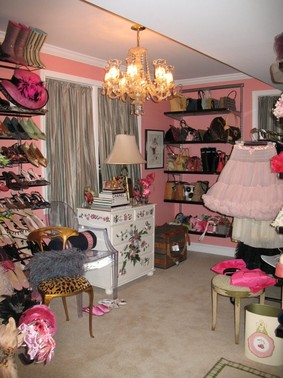 Quirky Dressing Room With Chandelier Room Decor And Design