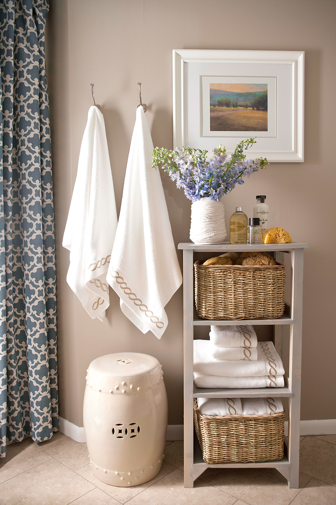 The 12 Best Bathroom Paint Colors Our Editors Swear