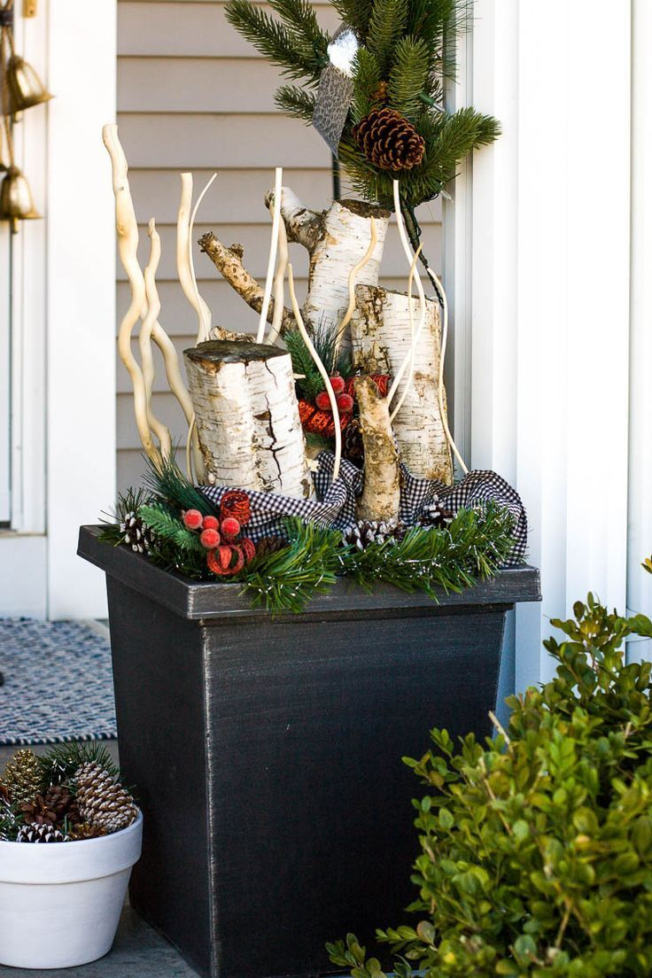 The 6 Elements Of A Festive Front Porch Farmhouse Christmas