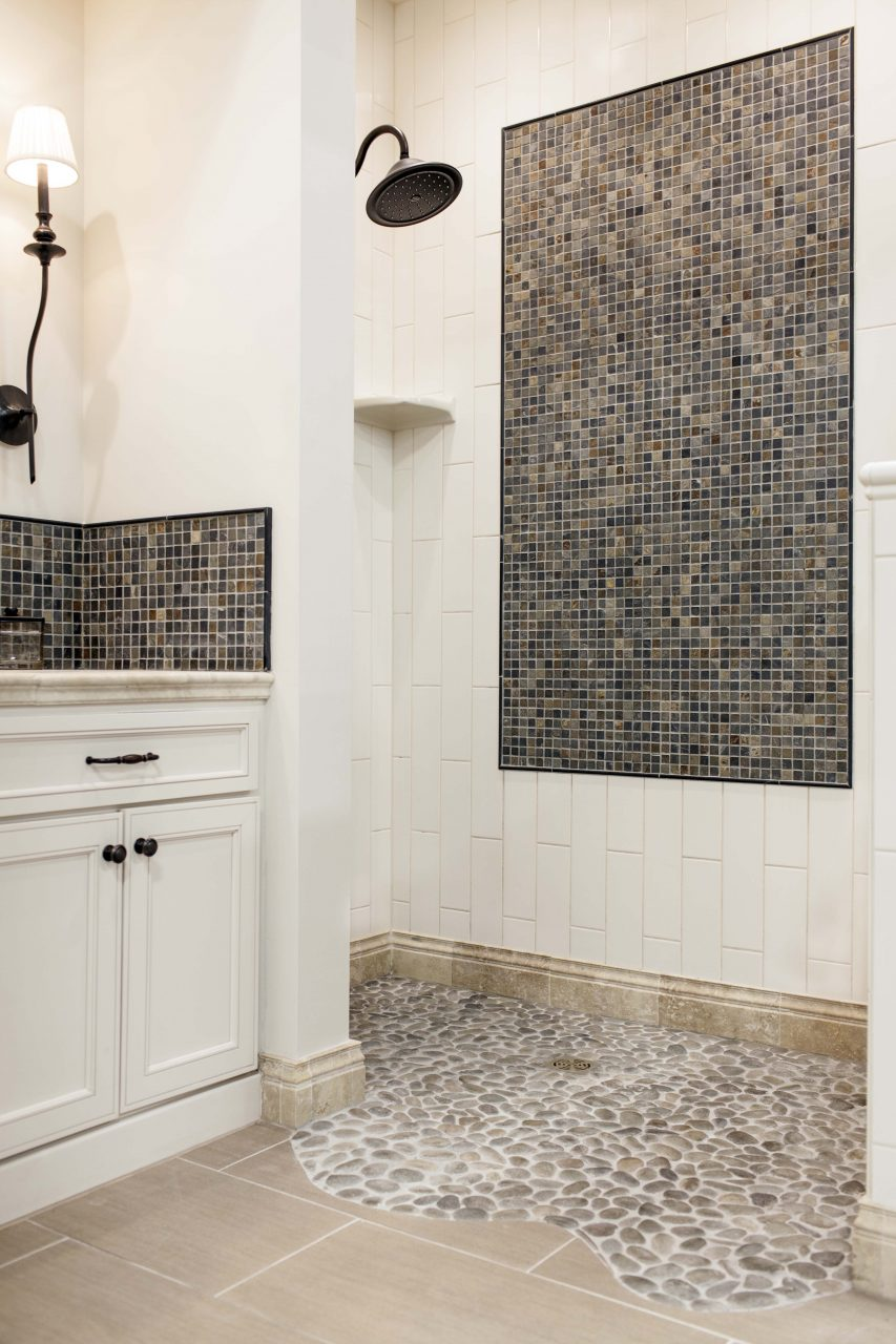 Transitional Style Bathroom With Pebble Mosaic Shower Pan