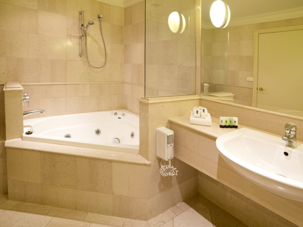 Ultimate Guide To Bathroom Corner Bath Ideas For Your Small Room