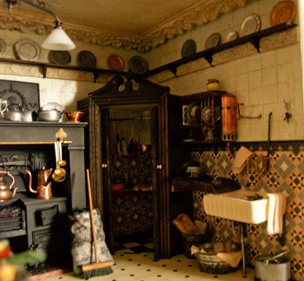 Victorian Kitchen Design In The Victorian Era Victorian Kitchen