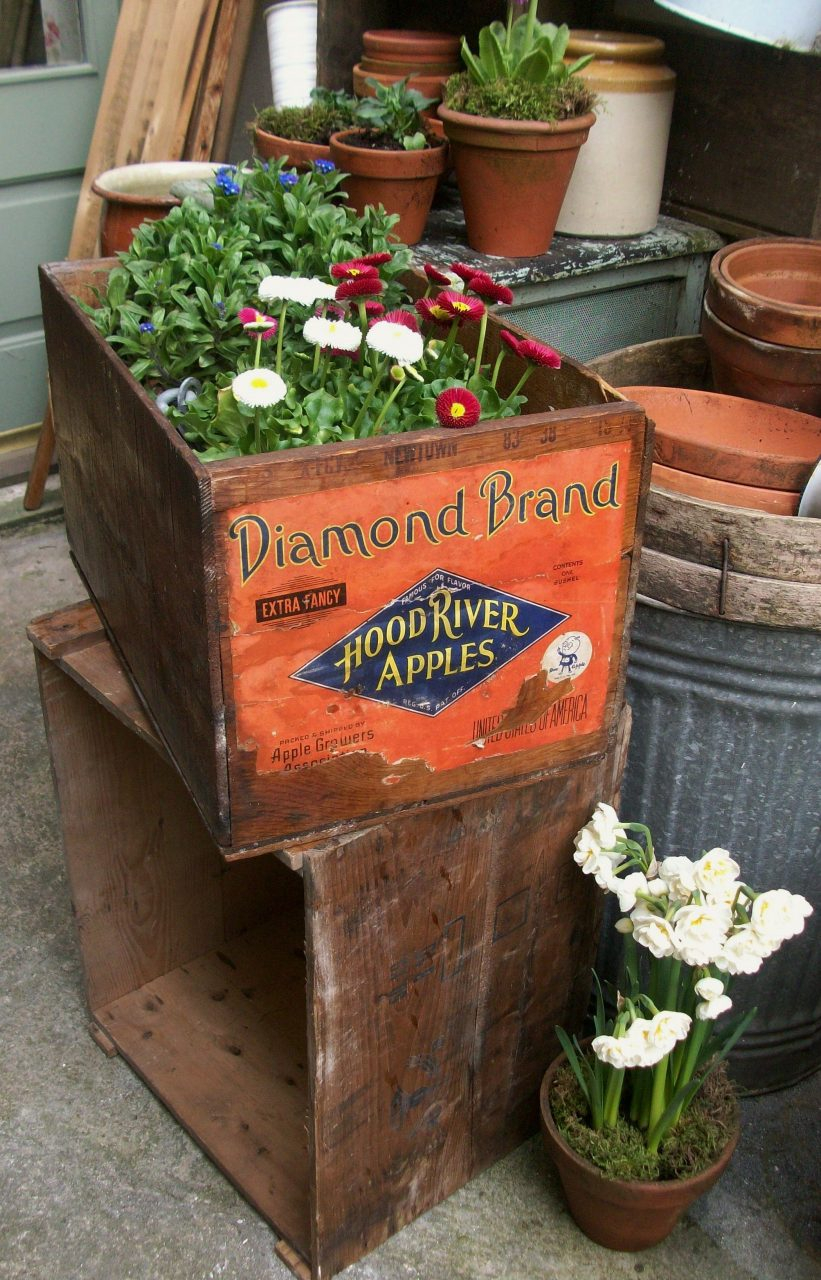 Vintage Crates Make Fabulous Planters And Garden Storage Vintage
