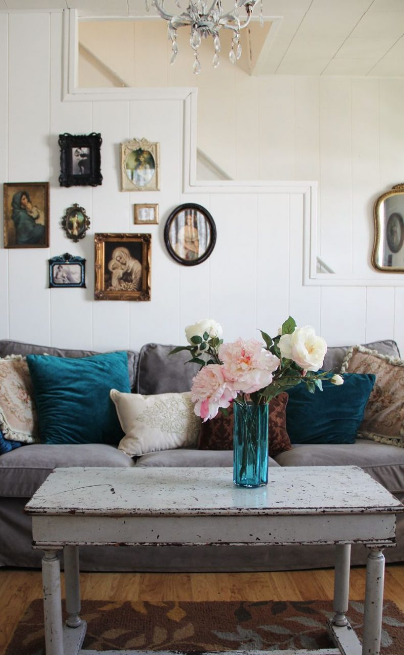 Vintage Shab Chic Eclectic Cottage Living Roomheather