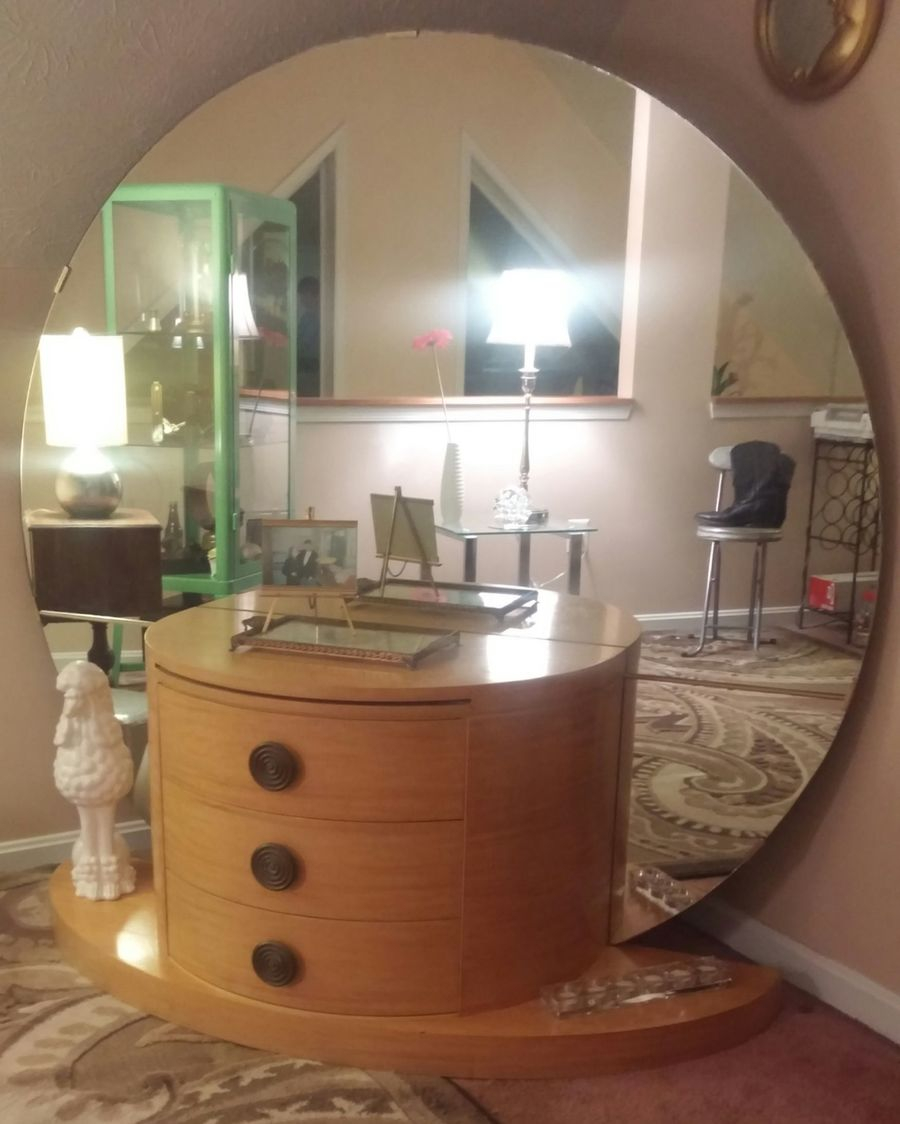 Waterfall Bedroom Set Value Vanity History With Mirror Restoring Art